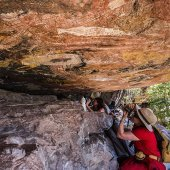 Injalak Arts Rock Art Tour. Photo: Richard L'Anson