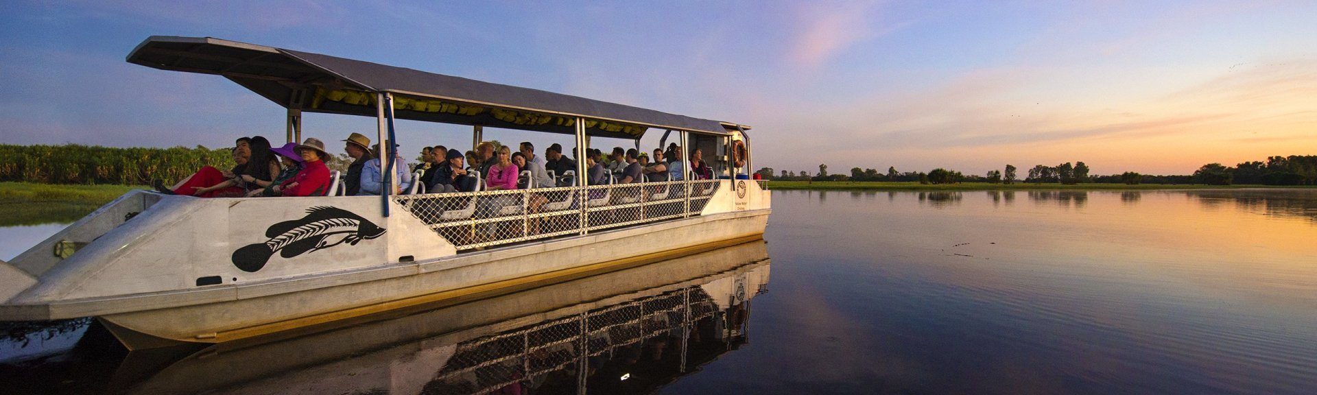 Visitors on a Yellow Water boat cruise. Photo: Shaana McNaught