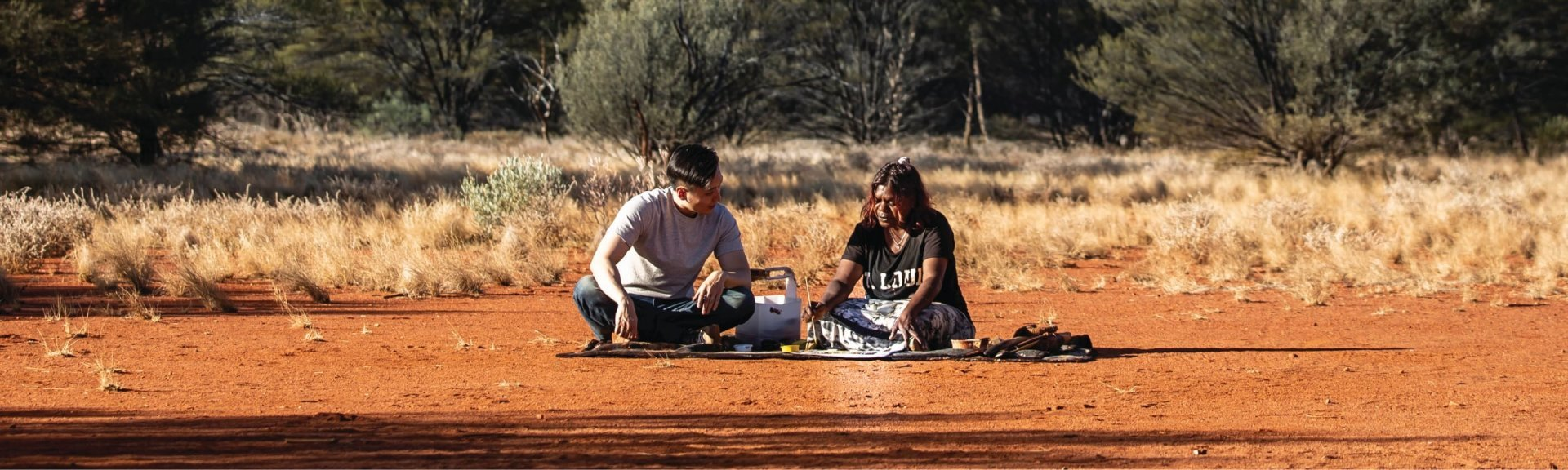 Learning about Anangu culture. Photo: Tourism Australia
