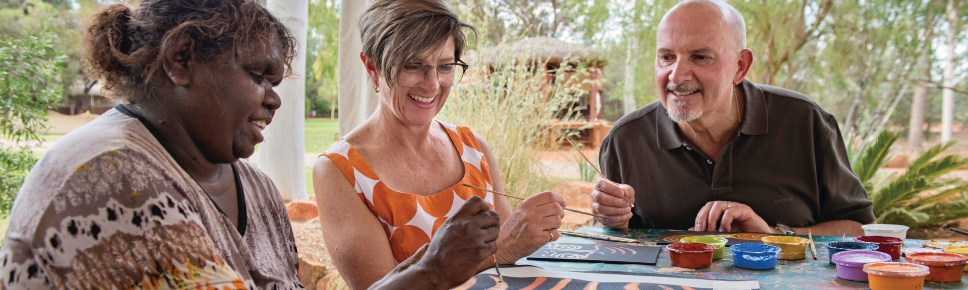 Dot painting workshop. Photo: Tourism NT
